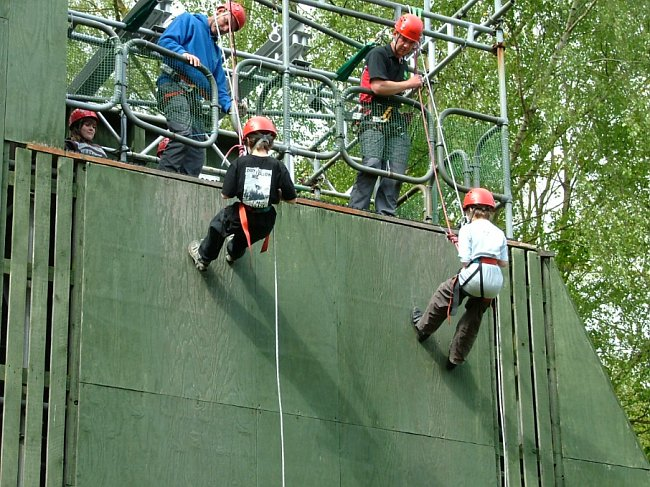 Cubs abseiling